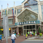 CambridgeSide Galleria Buzzing on Sunday